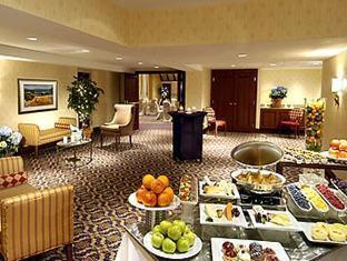 Marriott Toronto Bloor Yorkville Hotel Toronto - Buffet