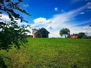 Beautiful House with Fresh Scenery LINDIKA