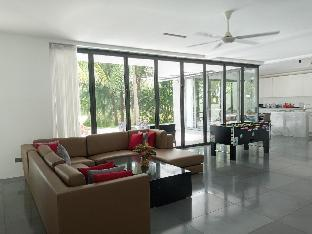 Sanctuary Ho Tram 5 Bedrooms Pool Villa