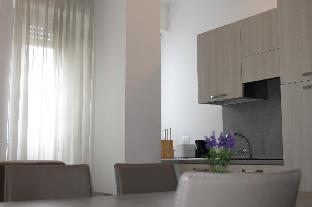 Modern apartment near to metro in Carlo Farini S6