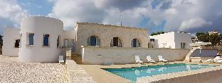Villa Belvedere in Apulia with swimming pool
