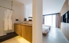 Qianmo bathtub twin-bed room, Qiandao Lake (Chunan)