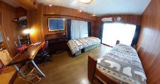 Entire 1 Bed Room APT 8 mins to Shinjuku by Metro