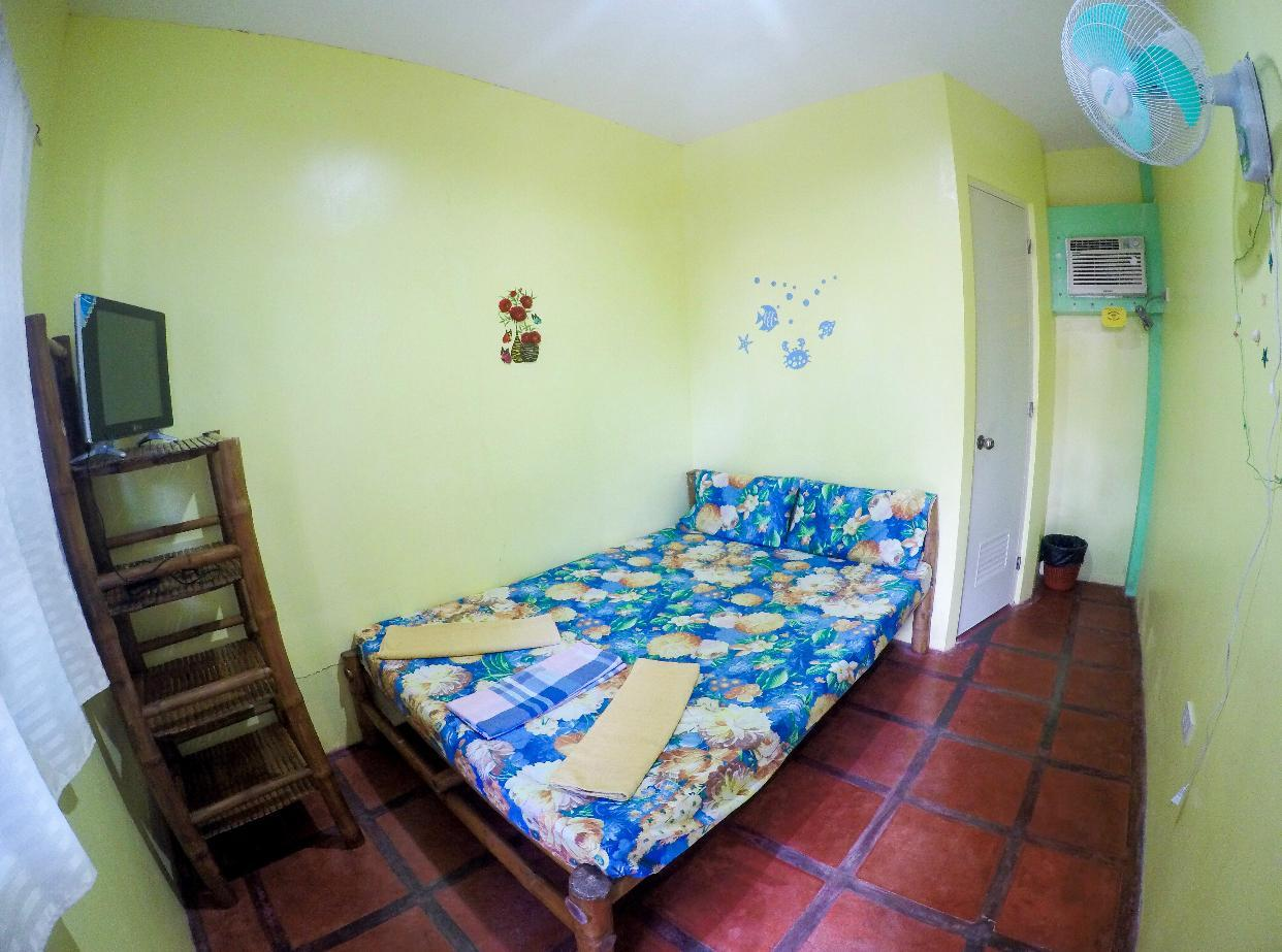 Juanitas Guesthouse Sta. Fe Bantayan Island RM1 - Hotels Information/Map/Reviews/Reservation