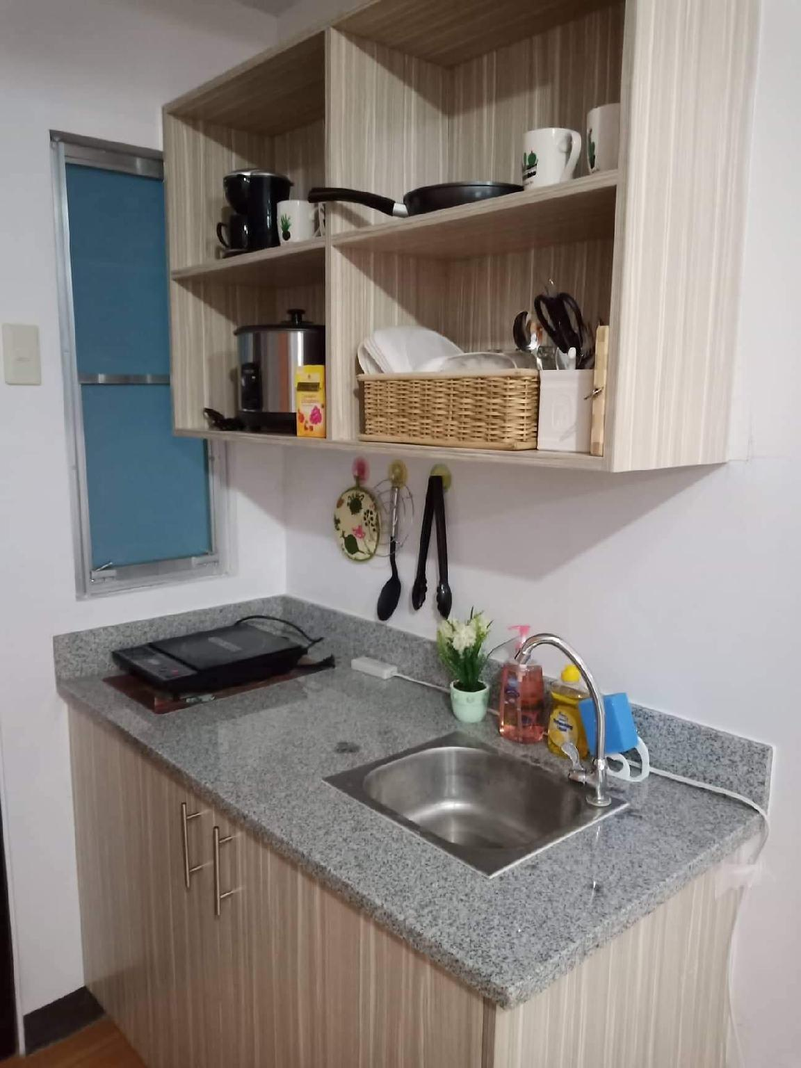 Spacious Studio Type W Kitchen Dining Amenities Cebu Philippines Hotels Hotel Reservations For Hotels In Philippines Burari Philippines Hotels