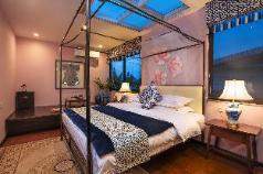 Qingci(room with skylight), Guilin
