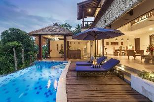 Padi Roof Villa with 4BR at Ubud
