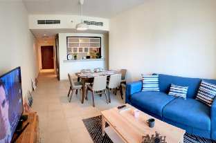 Downtown Dubai Superb 1 Bedroom with Sofa Bed - image 4