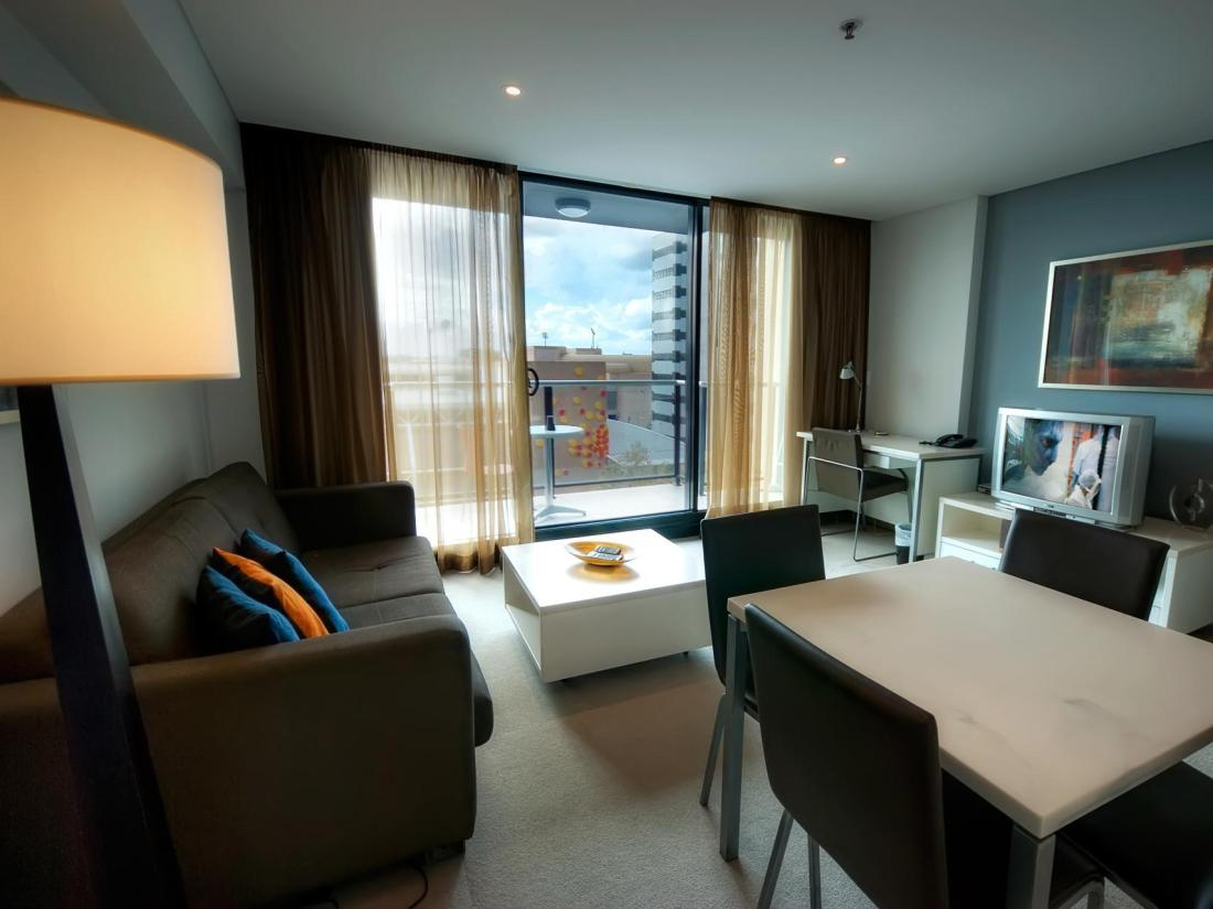 Best price on la loft apartments north terrace in for 136 north terrace adelaide