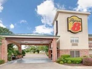 Super 8 Motel - Arlington Southwest