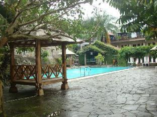 Moro Seneng Hotel
