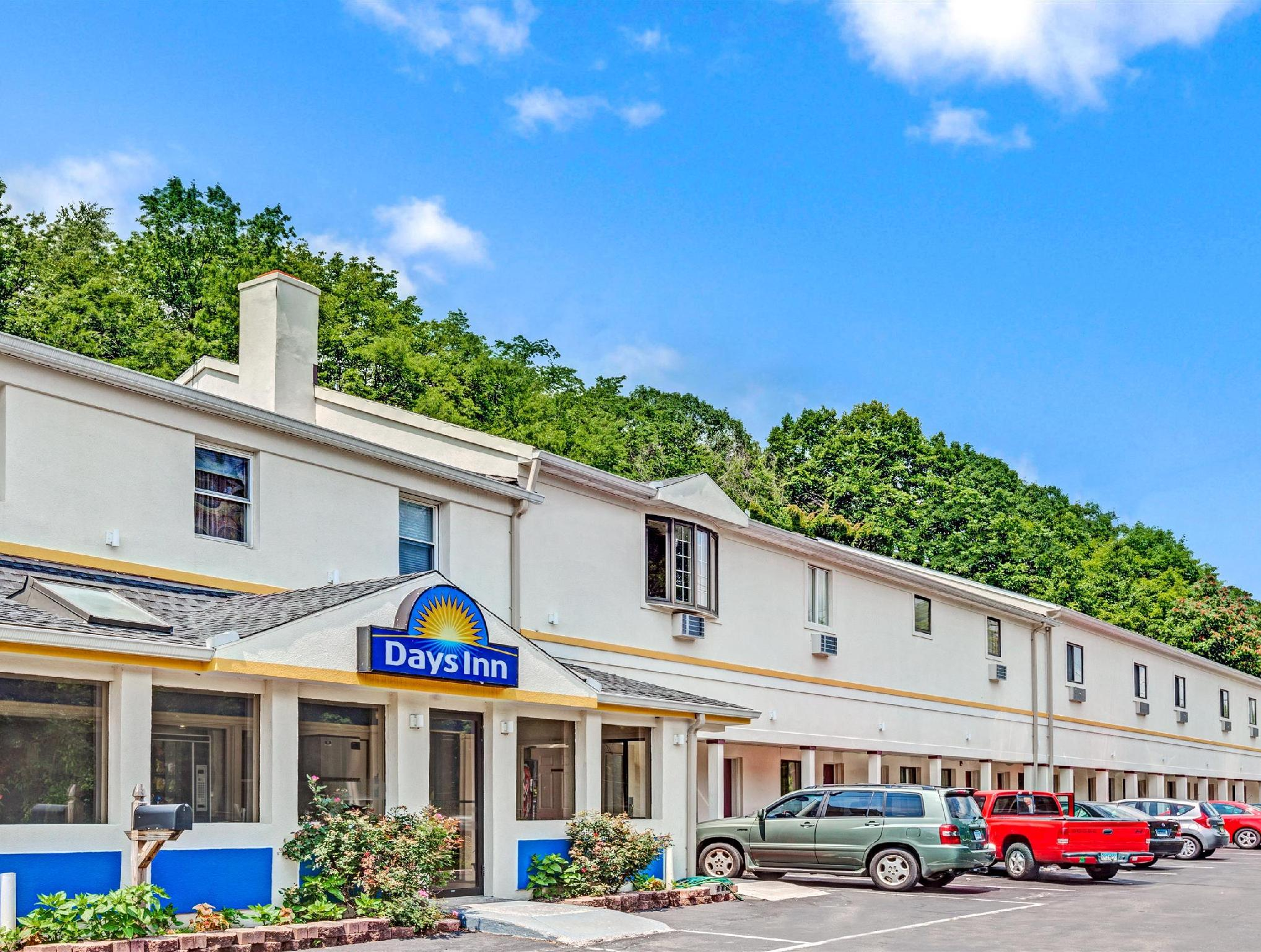 Whitney Inn And Suites