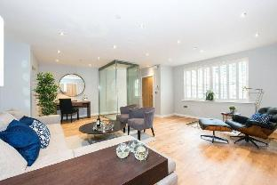 The Norfolk Townhouse - Large & Stunning 5BDR Mews Home on Private Street