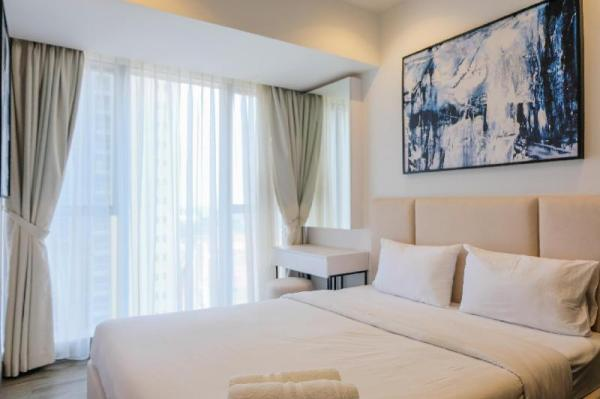 Brand New 2BR The Branz Apartment By Travelio Tangerang