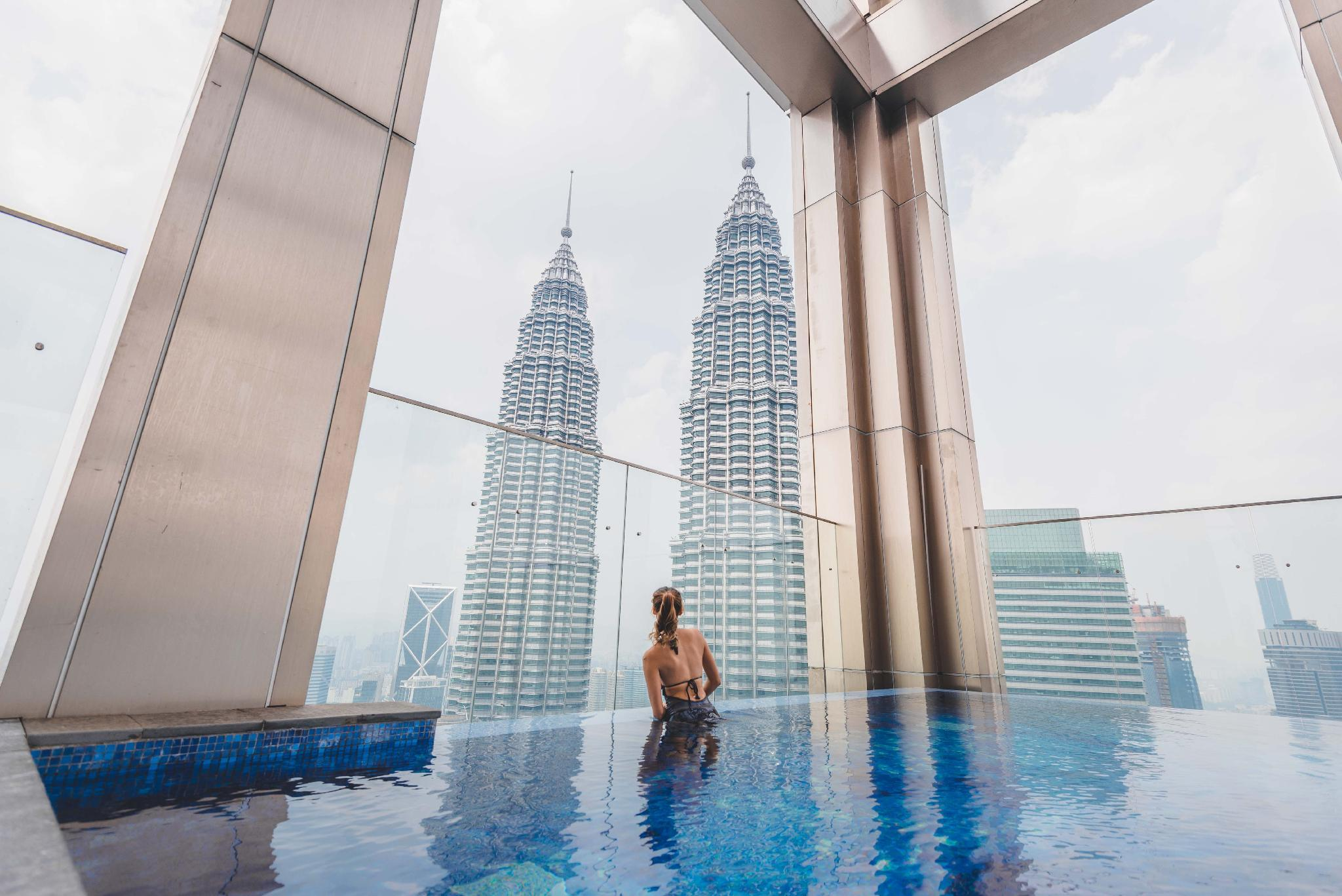 Tropicana The Residences KLCC By WhiteForestSuites