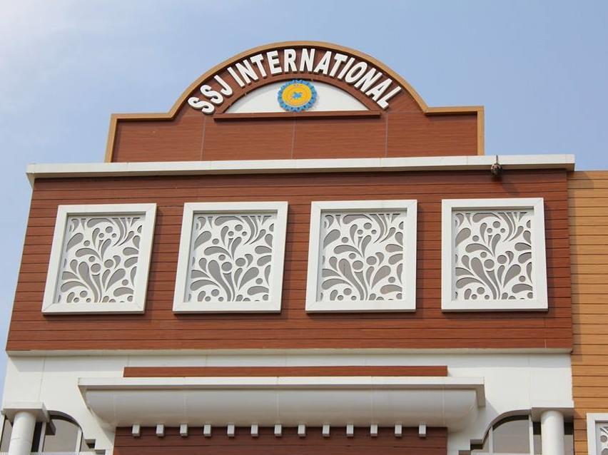 Discount Hotel SSJ International