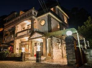 โซ อาร์ต เกสต์เฮาส์ แอนด์ โฮสเทล (So Art Guesthouse and Hostel)