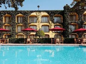 克雷塔罗历史中心假日酒店 (Holiday Inn Queretaro-Centro Historico)