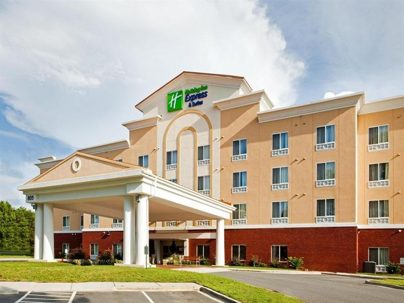 Holiday Inn Express Hotel And Suites Charlotte