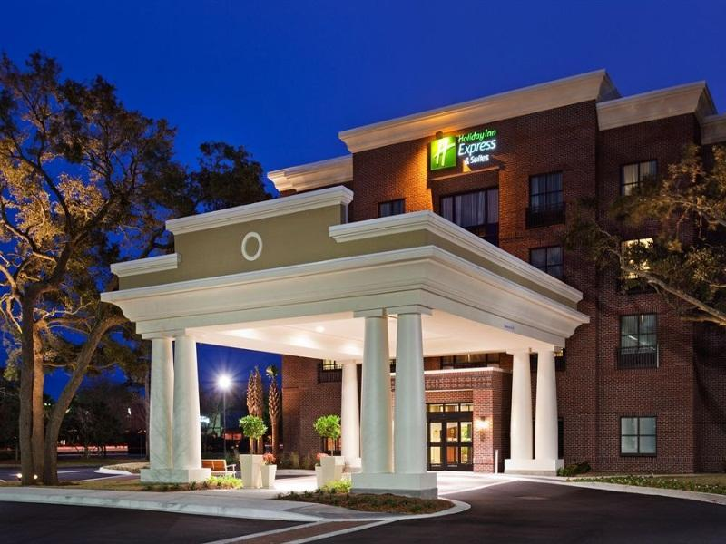 Holiday Inn Express Hotel And Suites Mount Pleasant
