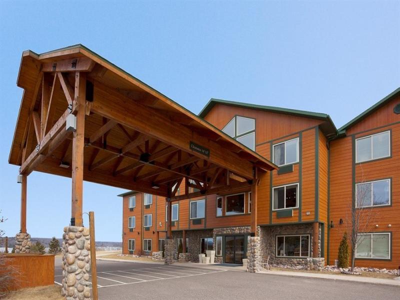 Holiday Inn Express Munising Lakeview Hotel