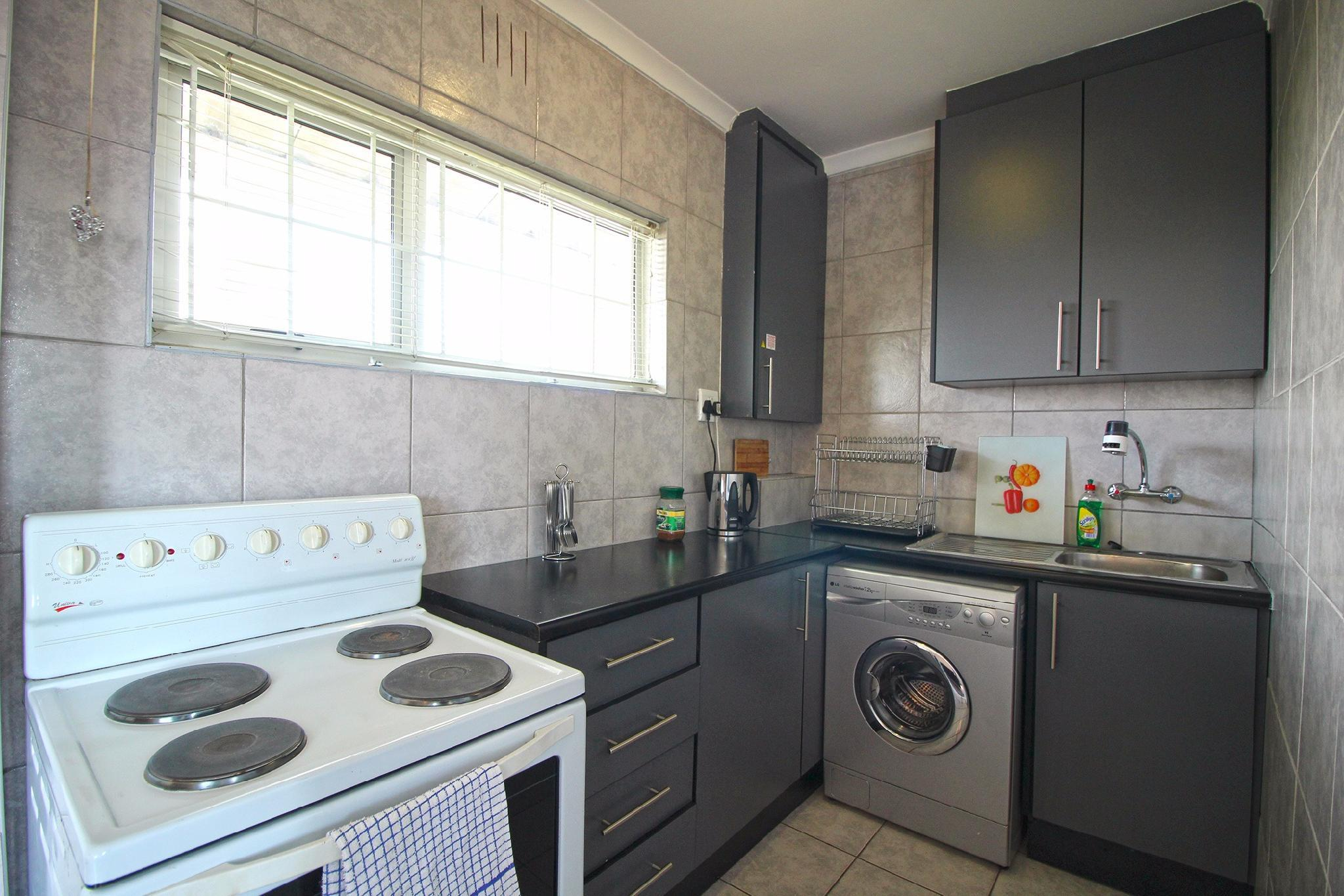 Cosy Studio Apartment In Central Green Point