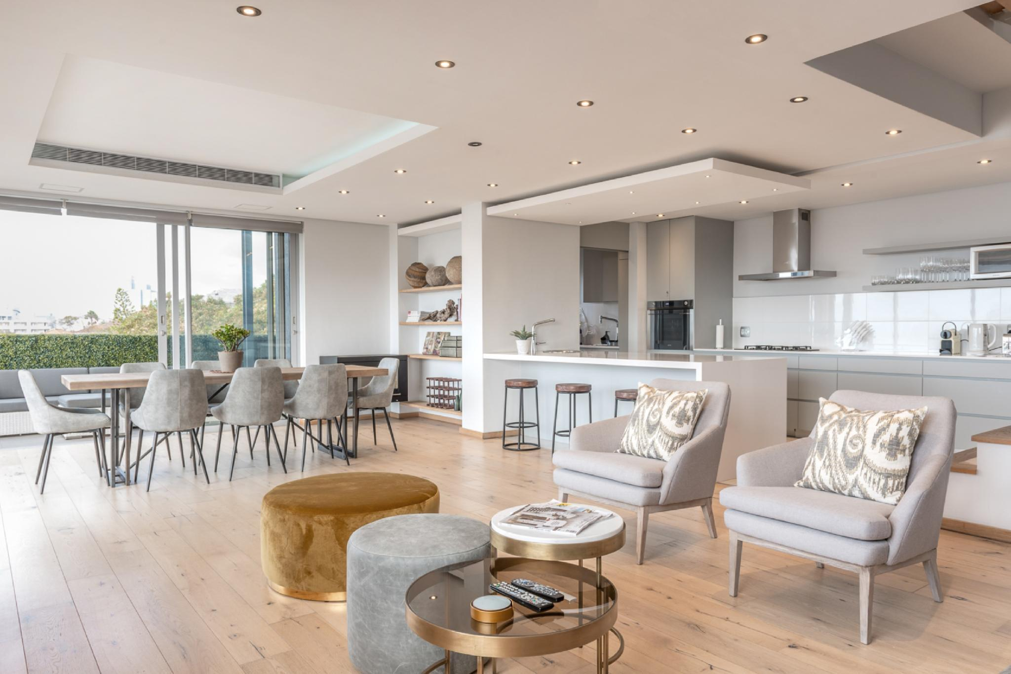 Centrally Located Green Point Luxury Penthouse