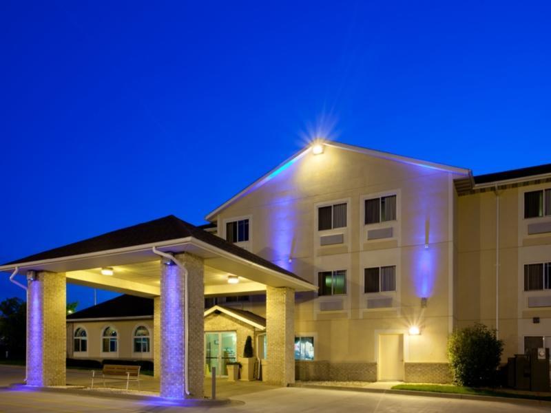 Holiday Inn Express Lincoln