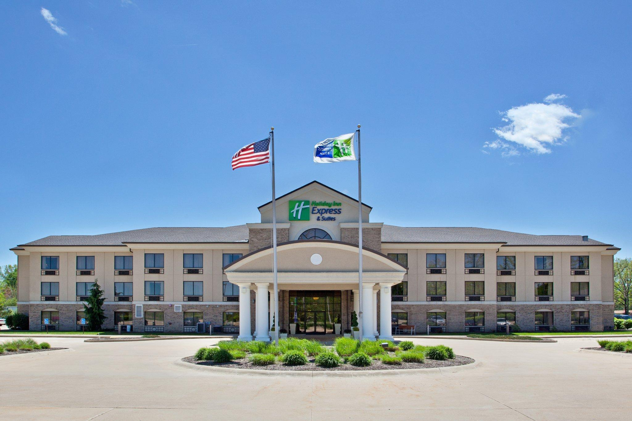 Holiday Inn Express Hotel And Suites Wadsworth