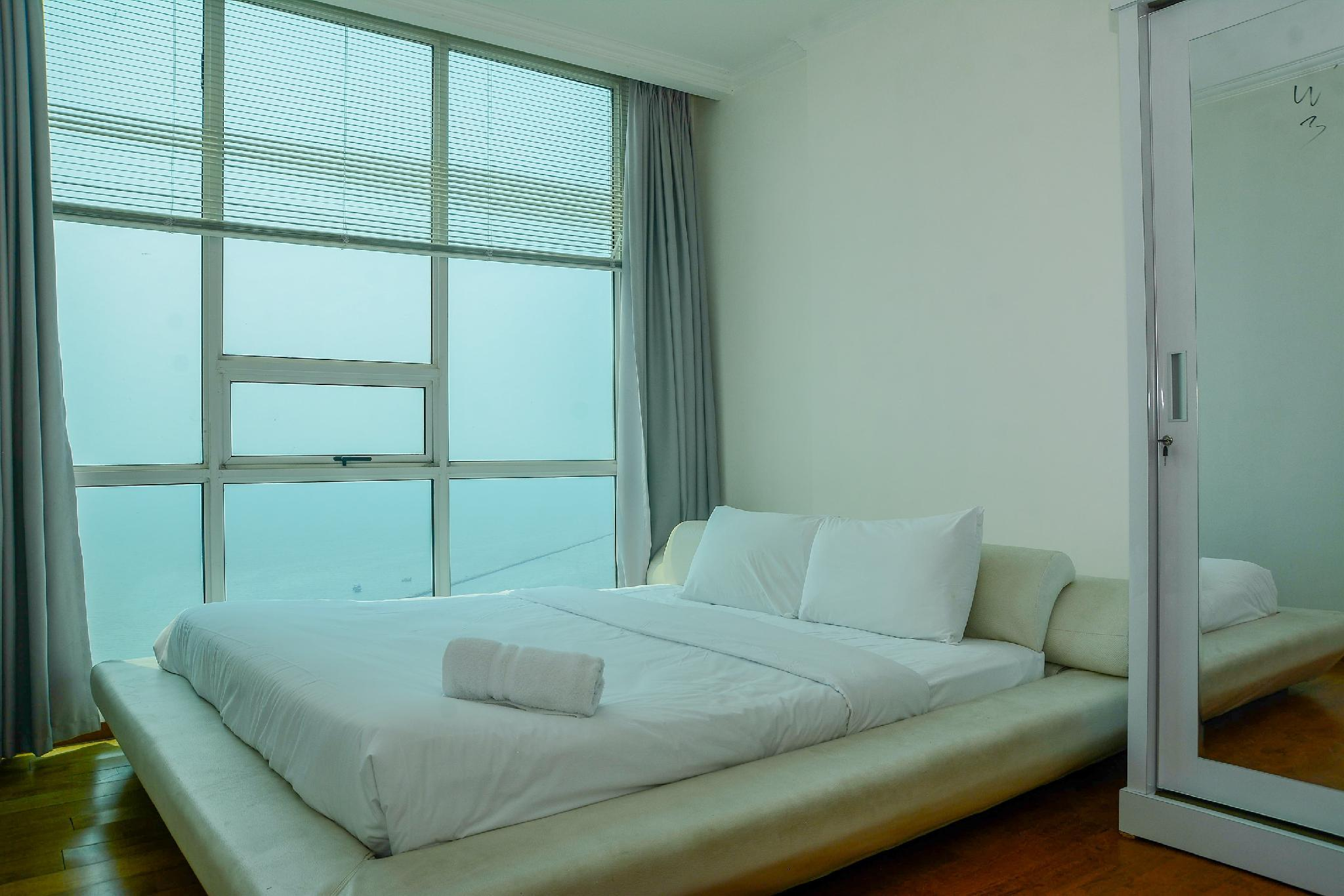 Big And Cozy 2BR Ancol Mansion Apt By Travelio