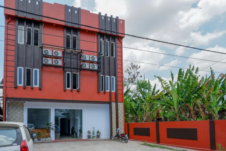RedDoorz Near Taman Kota Kendari