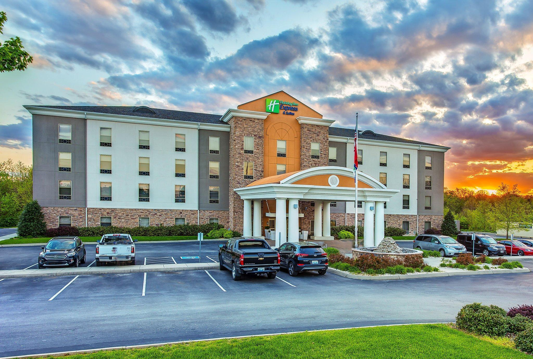 Holiday Inn Express And Suites Morristown