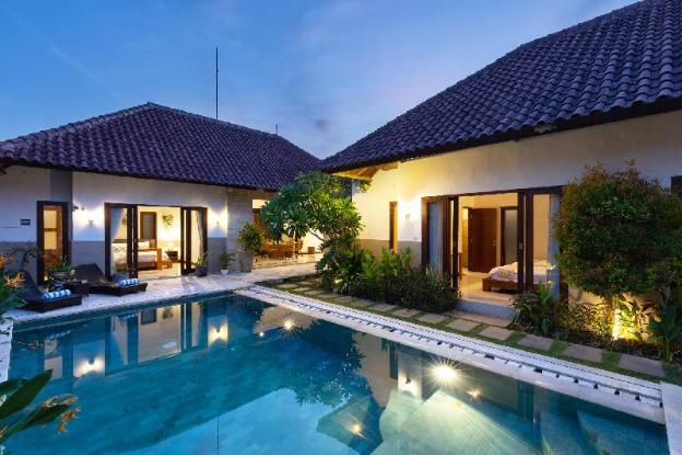 Villa Lapiz Lazuli 3 Seminyak Kuta 3BR With Pool