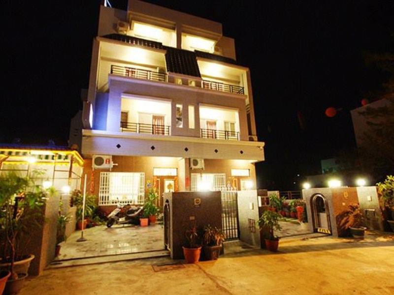 Rufu Hostel
