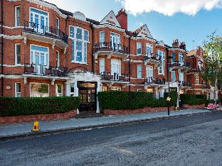 Veeve  3 Bed Flat Stamford Brook Avenue Chiswick