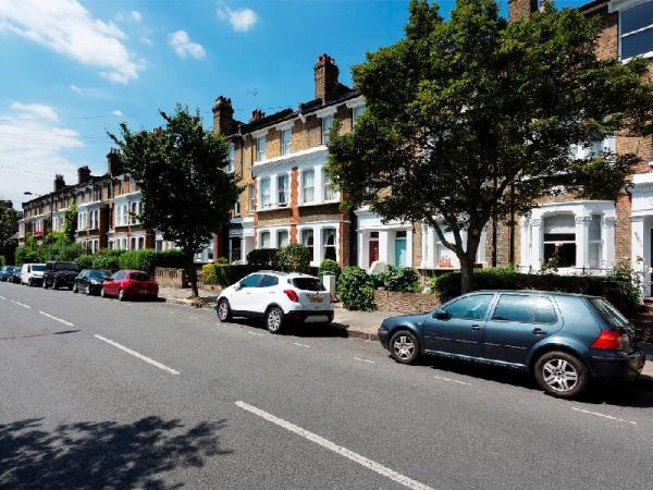 Veeve 5 Bed House Burghley Road Tufnell Park London