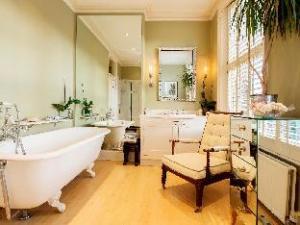 ヴィーヴ インクレディブル インテリア デザインド ホーム ブロンズバリー ロード クイーンズ パーク (Veeve  Incredible Interior Designed Home Brondesbury Road Queens Park)