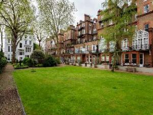 Veeve  Two Bed Apartment Gledhow Gardens Kensington