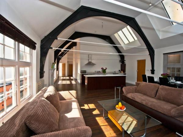 Veeve 2 Bed Penthouse Opposite Harrods Knightsbridge Green London