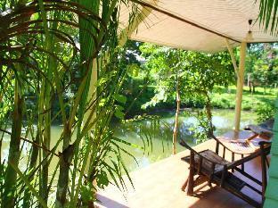 コーマック リバーサイド リゾート Kohmak Riverside Resort