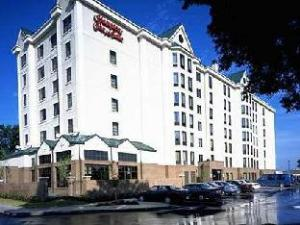 Hampton Inn And Suites Nashville-At The University Hotel