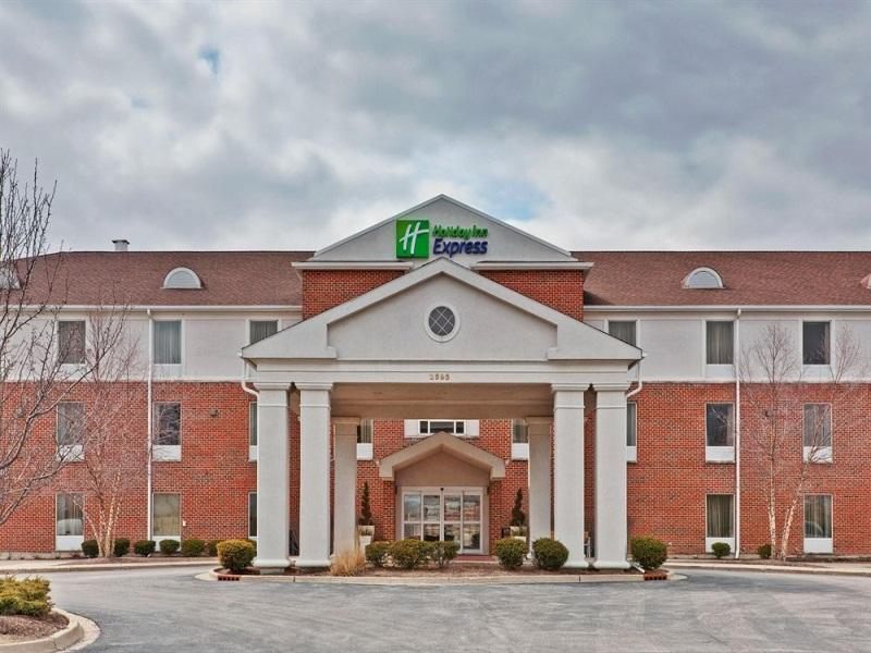 Holiday Inn Express Hotel And Suites Chicago Algonquin