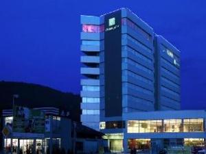 關於吉利納假日酒店 (Holiday Inn Zilina)