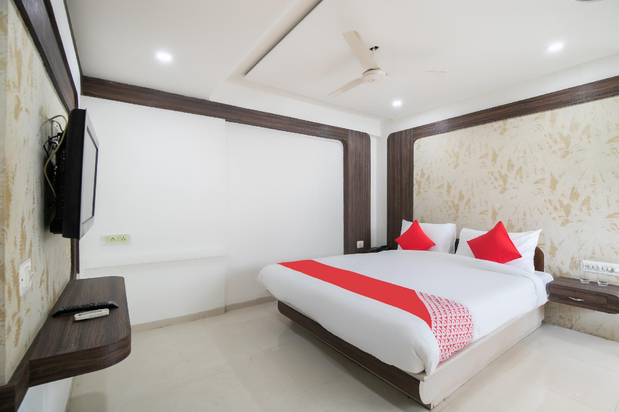 OYO Flagship 42706 Hotel Jal Sagar