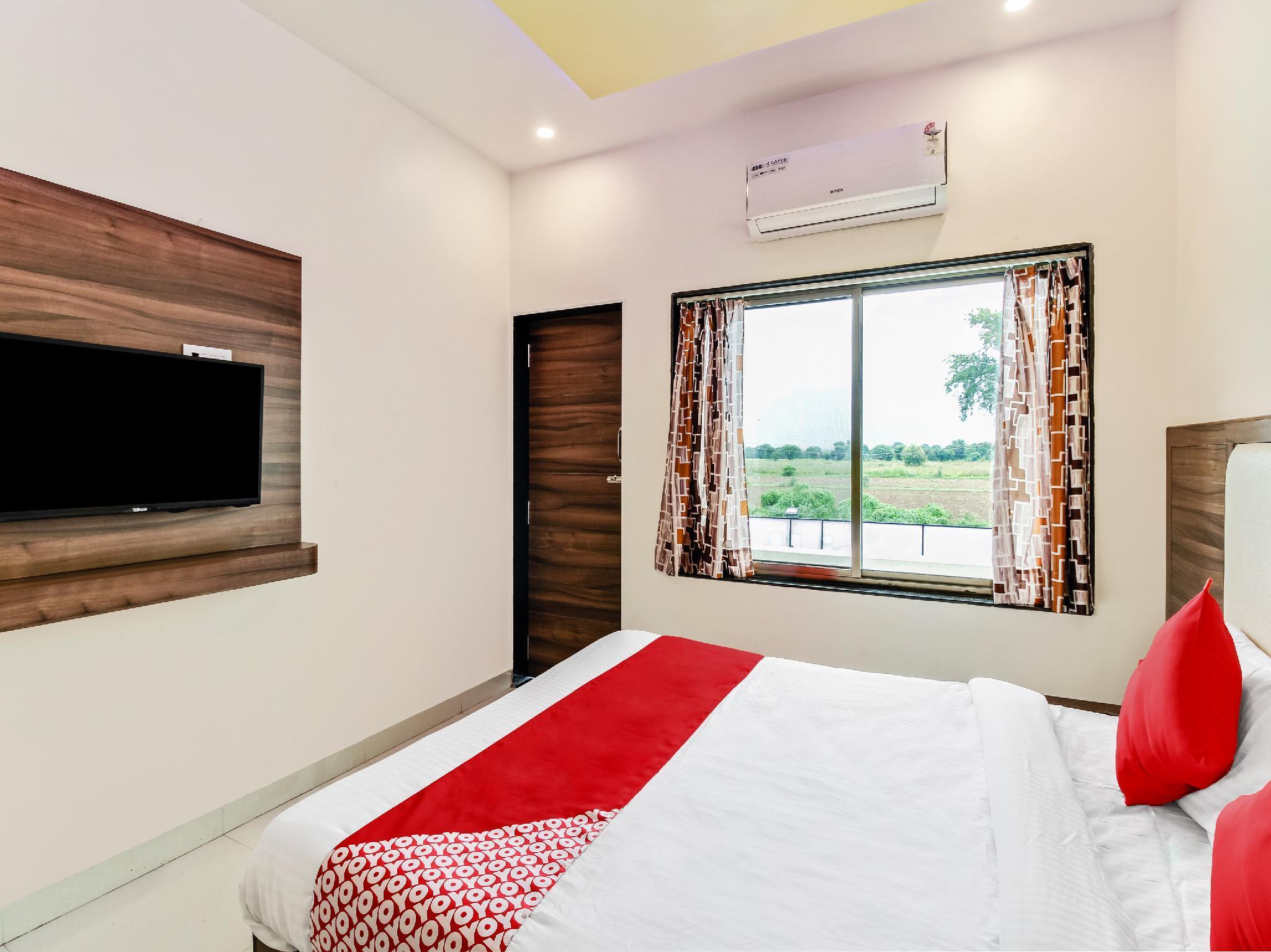 OYO 61667 Shree Bhavani Hotel And Restaurent