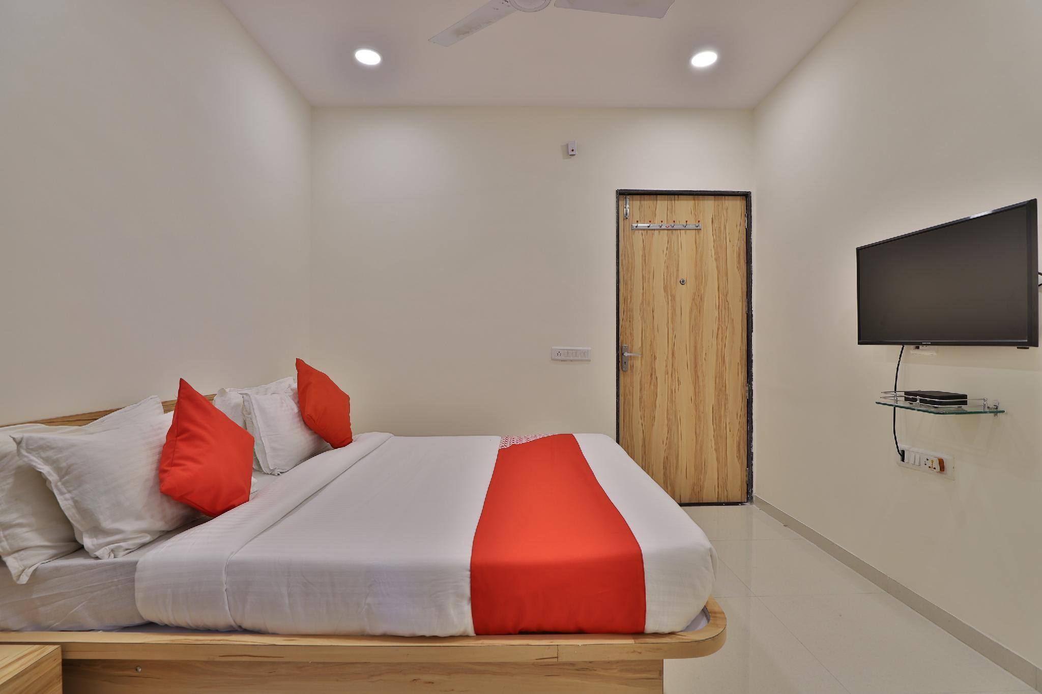 OYO 60599 Kabir Residency