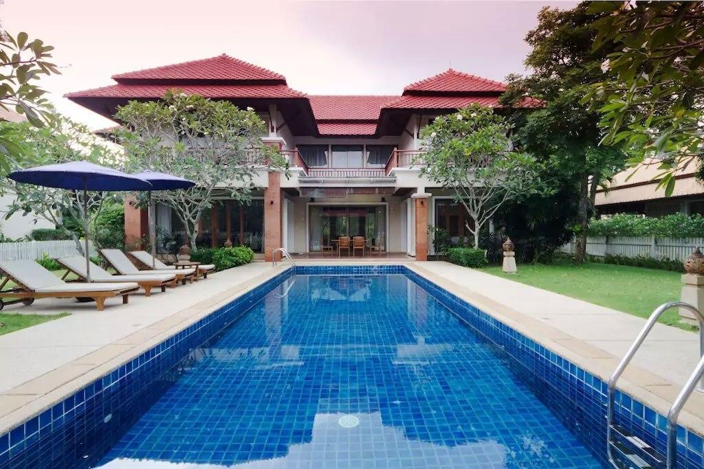 Laguna Fairway Villa   Perfect Family Holiday Home
