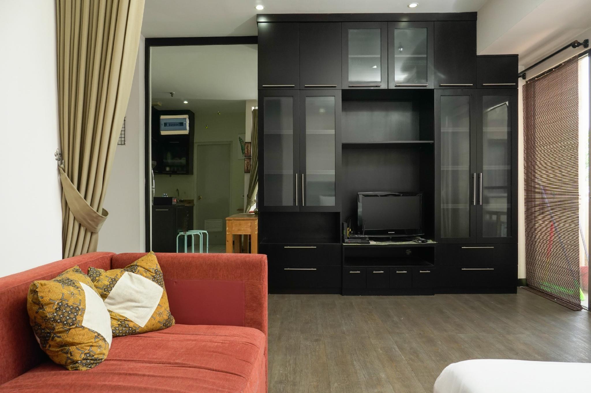 Big And Cozy Studio Apt At Puri Garden By Travelio