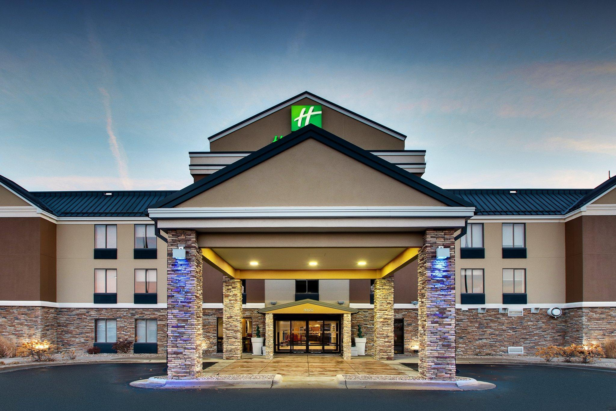 Holiday Inn Express Hotel And Suites Cedar Rapids I 380 At 33rd Avenue