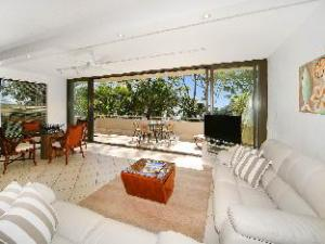 Noosa Apartments 1 Cove Point
